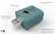 This Charger Prevents Smartphone Overcharging