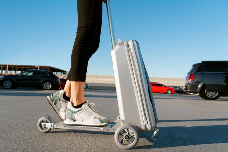 Floh's Transformative Carry-On Scooter