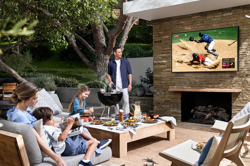 Samsung the Terrace Outdoor Smart TV
