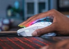 The New Zephyr Gaming Mouse Keeps Hands Cooler During Long-Term Use