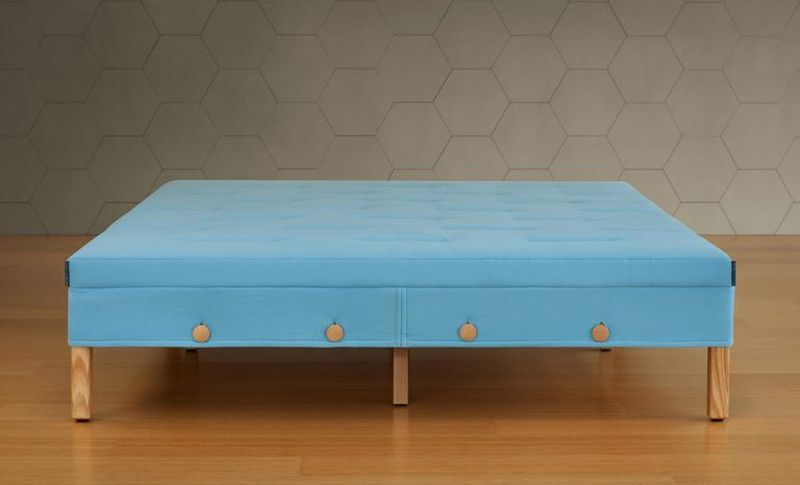 The Horizontal Button Bed
