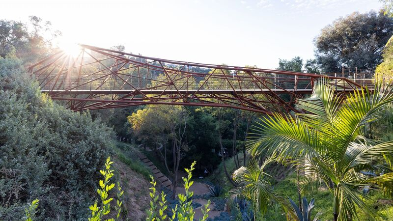 Humans Worked Alongside Robots to Complete the Arroyo Bridge