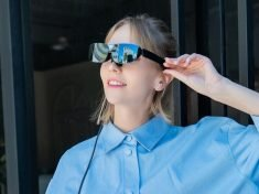 The TCL NXTWEAR G Wearable Display Glasses