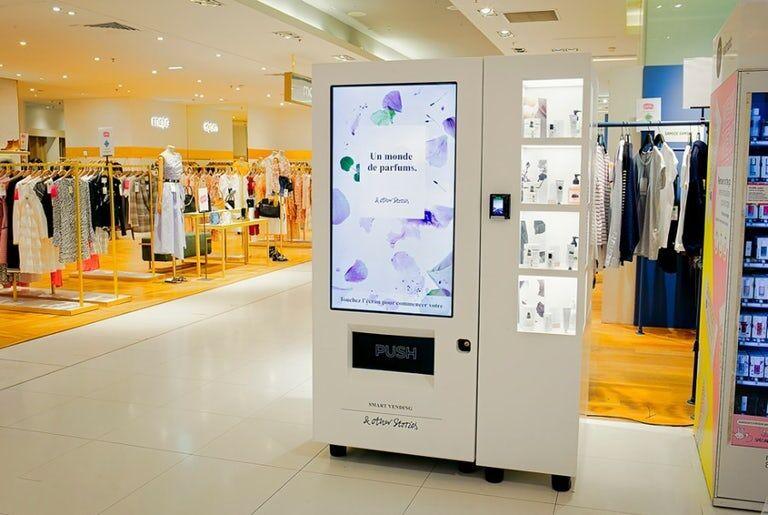 A Cosmetic Sampling Vending Machine