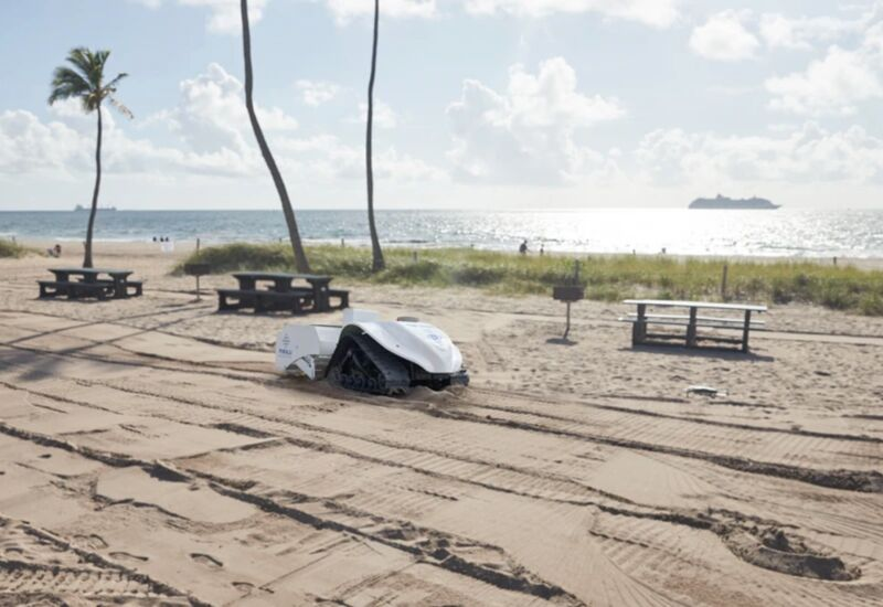 The 'BeBot' Can Clean Up Beach Sands Without Leaving a Trace